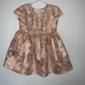 The children place golden pink girl dress size 4T